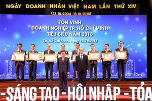 Vinh dự nhận giải thưởng doanh nhân, doanh nghiệp Tp. HCM tiêu biểu năm 2018