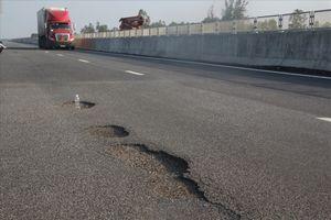 Tiết lộ 2 nhà thầu thi công đoạn đường hư hỏng ở cao tốc 34.000 tỷ đồng