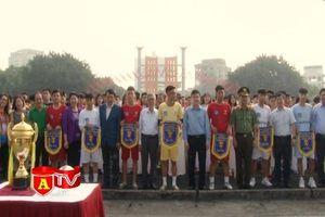 Tưng bừng lễ khai mạc Giải bóng đá học sinh THPT Hà Nội lần thứ 18