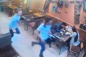 Khách Tây bị tố quỵt tiền bữa tối tại nhà hàng ở Sa Pa