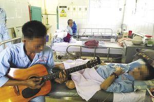 Nghiệt ngã những mảnh đời nhiễm AIDS: Bài 2 - Bản nhạc sám hối