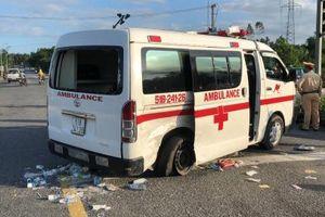 Xe cấp cứu va chạm Mazda: Trích xuất Camera