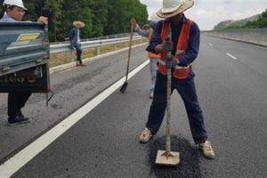 Cao tốc 34.500 tỷ vừa vá đã hỏng: Ai sửa chữa?