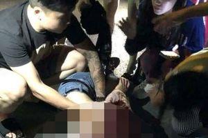 Lời kể nhân chứng vụ cô gái bị đâm gục giữa phố ở Hà Nội