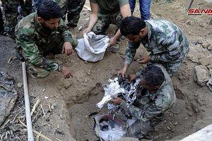 Quân đội Syria 'khai quật' kho vũ khí của khủng bố gần Damascus