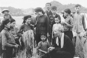 Làm theo lời dạy của Chủ tịch Hồ Chí Minh về công tác dân vận