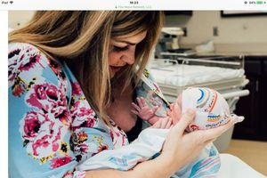 Hành trình đầy nước mắt của người mẹ 6 lần sẩy thai, rồi nhờ mang thai hộ