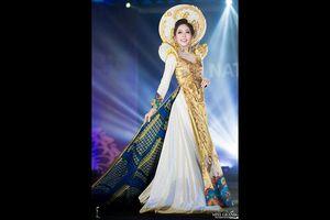 Người đẹp Việt tự tin ra thế giới