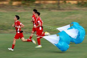 Đội tuyển Việt Nam vượt sức ì với bài tập lạ