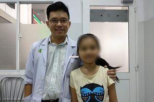 Cứu sống bé gái suýt chết vì bệnh hiếm thế giới chỉ 20 người mắc