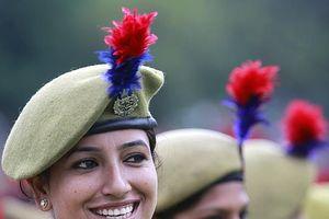 Cảnh sát Ấn Độ được yêu cầu không cười quá tươi