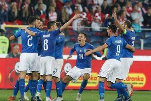 Tuyển Ý chính thức trụ hạng, Nga sắp lên hạng