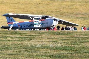 Máy bay Cessna đâm vào đám đông làm 8 người thương vong