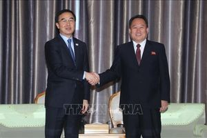 Hai miền Triều Tiên nhất trí khởi động dự án đường sắt, đường bộ xuyên biên giới