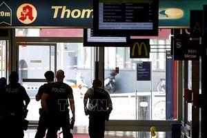 Bắt giữ con tin tại hiệu thuốc trong nhà ga trung tâm thành phố Cologne
