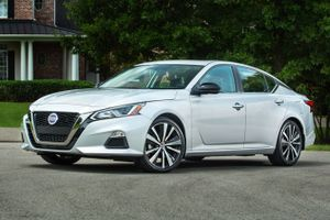 Top 10 sự lựa chọn thay thế Mazda 6