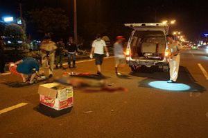 Phát hiện thi thể nam thanh niên giữa quốc lộ, phần đầu gần đứt lìa khỏi cổ