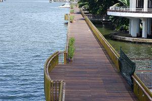 Chùm ảnh: Cầu đi bộ gỗ lim tiền tỉ giữa dòng sông Hương