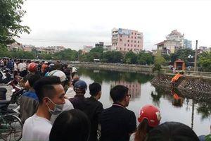 Phát hiện xác người đàn ông nổi trên Hồ Thành