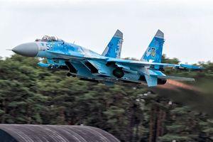 F-15 Mỹ lại thua tiêm kích Su-27