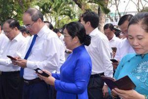 Lãnh đạo TP.Hồ Chí Minh nhắn tin ủng hộ người nghèo
