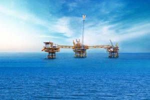 Giá dầu tăng, ngành dầu khí có điều kiện phục hồi