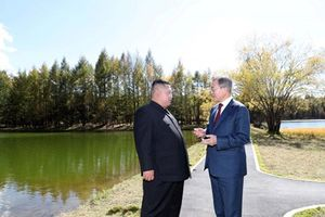 Triều Tiên, Hàn Quốc, Bộ tư lệnh LHQ tổ chức cuộc gặp đầu tiên ở vùng phi quân sự