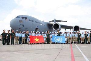 Lễ xuất quân Bệnh viện Dã chiến Việt Nam thực hiện nhiệm vụ tại Nam Sudan