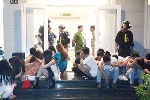 Điều tra vụ sử dụng ma túy tập thể trong biệt thự ở Mũi Né