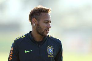 Neymar vui mừng khi Messi vắng mặt trong trận đại chiến Brazil - Argentina