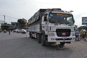 Hai phụ nữ chết thương tâm dưới gầm xe tải ở Tiền Giang
