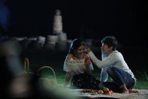 Ca sĩ Minh Thu ra mắt MV 'Nụ cười dưới mưa' do chính mình làm đạo diễn