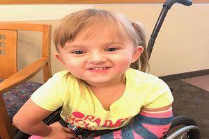 Mắc bệnh hiếm, bé gái 5 tuổi bị gãy xương gần 100 lần