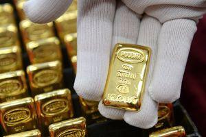 Giá vàng miếng 'đuối sức', USD tự do và ngân hàng cùng giảm