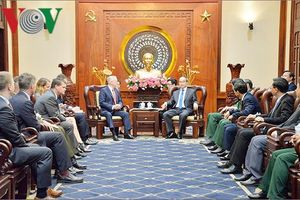 Bí thư TPHCM Nguyễn Thiện Nhân tiếp Bộ trưởng Quốc phòng Hoa Kỳ