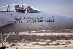 Rơi máy bay quân sự ở Saudi Arabia, toàn bộ phi hành đoàn thiệt mạng