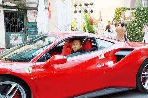 Tuấn Hưng lên tiếng sau vụ tai nạn siêu xe Ferrari 14 tỉ vỡ nát