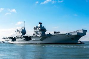 HMS Queen Elizabeth chinh phục thế giới, trừng phạt Nga vụ Skripal