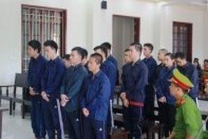 Vĩnh Long: Xét xử vụ 15 đối tượng mang ma túy vào quán karaoke