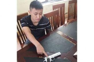 Quảng Ninh khởi tố đối tượng tàng trữ trái phép vũ khí quân dụng