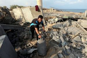 Israel tấn công gần 20 mục tiêu quân sự tại Gaza