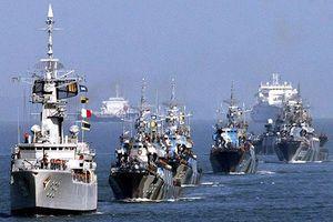 Giữa căng thẳng với Mỹ, Trung Quốc tập trận chung tại eo biển Malacca