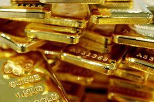 Giá vàng hôm nay 17/10: Hoảng loạn lan tràn, ồ ạt tranh mua vàng