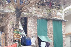 Những biệt thự ổ chuột, 'cởi trần' giá hàng chục tỷ giữa Thủ đô