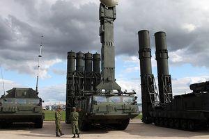 Lính Mỹ - Israel tới Ukraine học cách tiêu diệt S-300, tàu Nga rời Syria