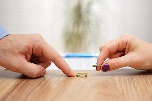 Hóa ra đây là những LÝ DO NGỚ NGẨN khiến nhiều cặp đôi quyết định LY HÔN