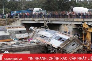 Hiện trường vụ tàu hỏa trật bánh khiến ít nhất 87 người thương vong ở Morocco
