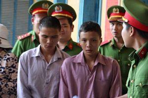 Hai thanh niên thoát án tử vì chưa đủ 18 tuổi khi gây án