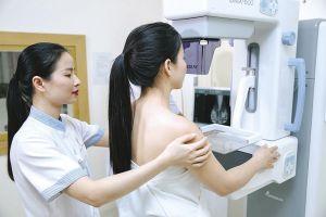 Việt Nam: Hơn 11.000 ca ung thư vú mới mỗi năm