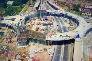 Những ngày sắp cán đích trên nút giao thông 600 tỷ tại Chu Lai